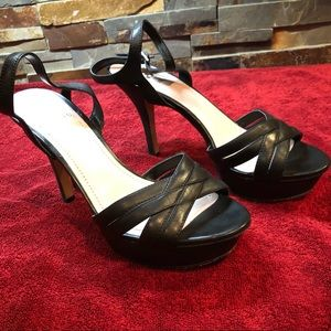 Vince Camuto high heeled black sandals